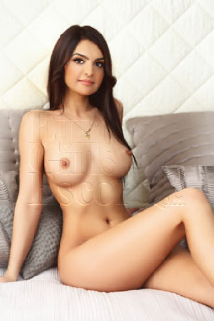 Escort Marina - top girls from London